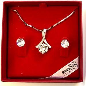 NIB Swarovski Crystal Earring & Necklace Set